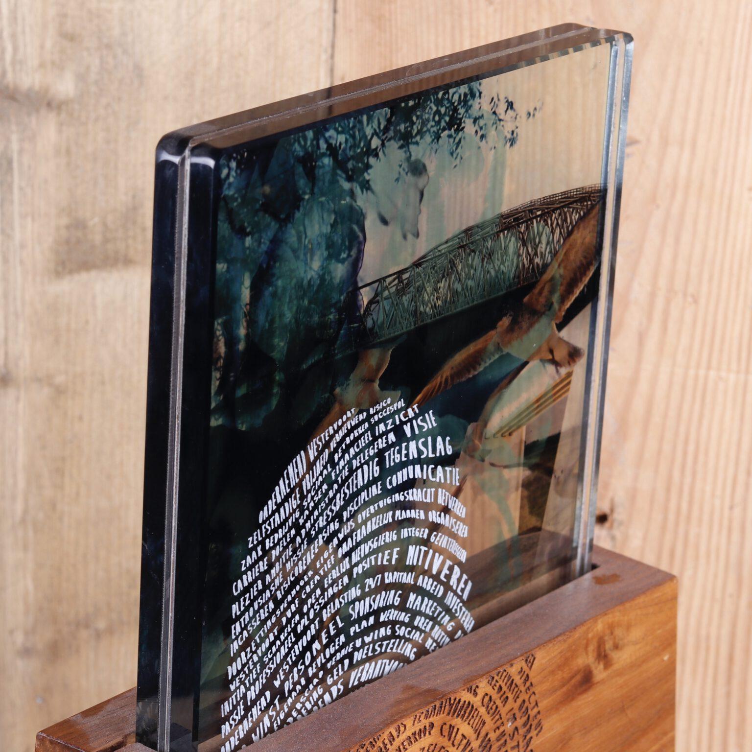 Gelamineerd glas, inclusief tekst en afbeelding